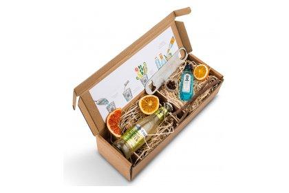 Kerstpakket Bombay Sapphire gin miniatuur